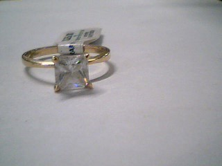 Synthetic Cubic Zirconia Lady's Stone Ring 10K Yellow Gold 1.9g Size:6.8