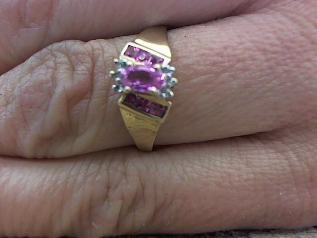 Pink Stone Lady's Stone & Diamond Ring 6 Diamonds .030 Carat T.W.