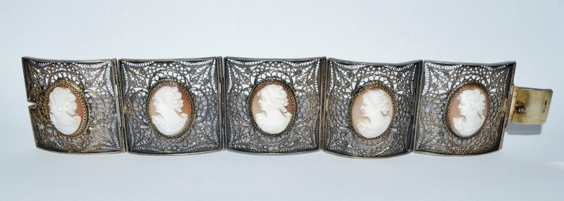 .800 Silver Vintage Inspired Carnelian Cameo Hinged Filigree Statement Bracelet