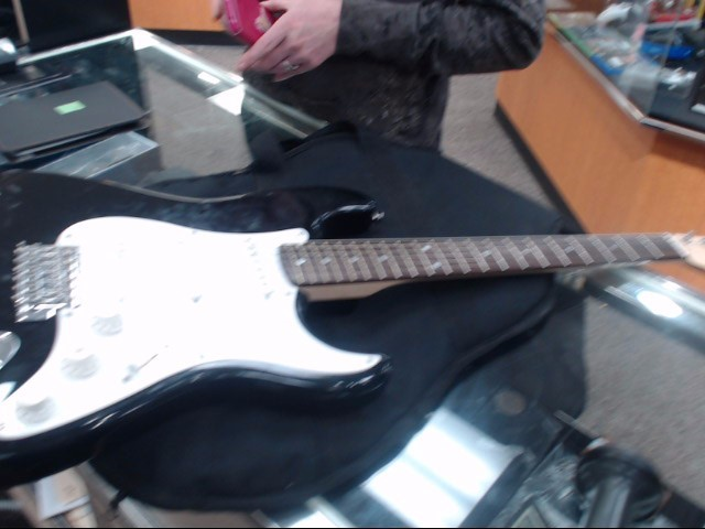 FENDER Electric Guitar SQUIER STRATOCASTER