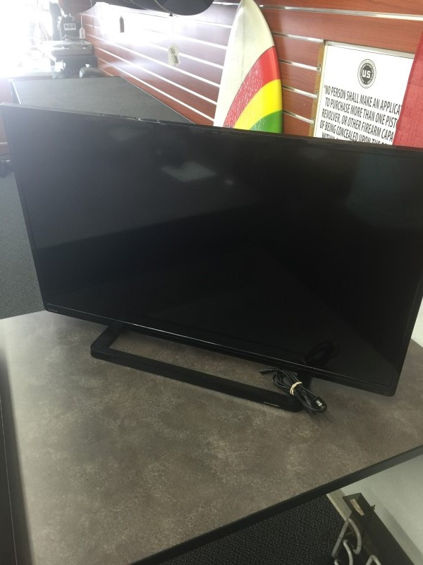TOSHIBA Flat Panel Television 40L1400U