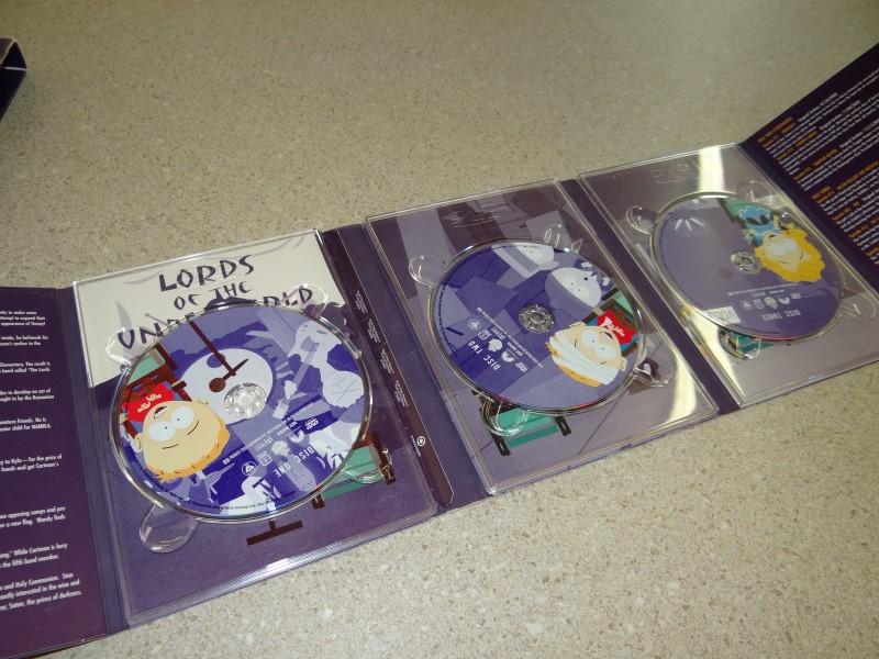 South Park - The Complete Fourth Season (DVD, 2004, 3-Disc Set)