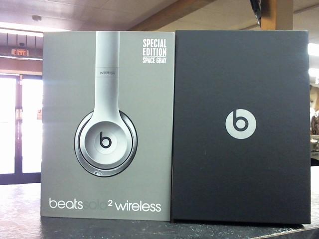 BEATS AUDIO Headphones SOLO 2 B0534
