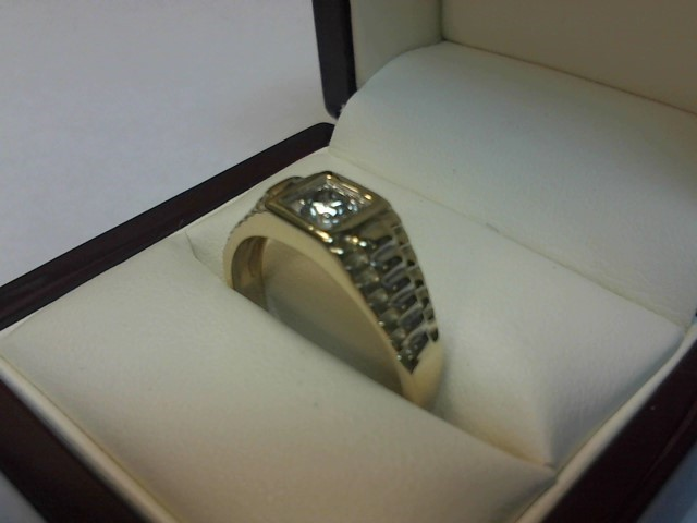 Gent's Diamond Solitaire Ring .25 CT. 10K 2 Tone Gold 2.7dwt