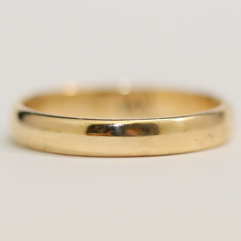 14K Yellow Gold Men's Wedding Band Matte Comfort Fit Size 9.8
