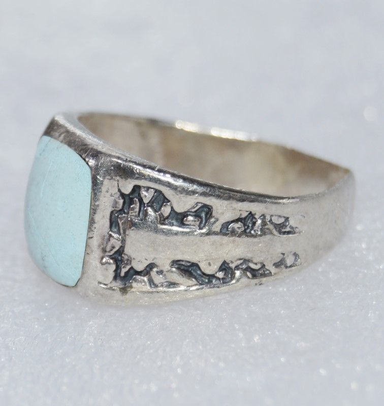 Turquoise Lady's Silver & Stone Ring 925 Silver 7.6g