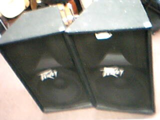 """Pair of Peavey PV115 1x15"""" Speaker Cabinet"""