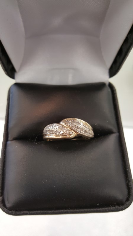 Lady's Diamond Fashion Ring 24 Diamonds .24 Carat T.W. 10K Yellow Gold 2g