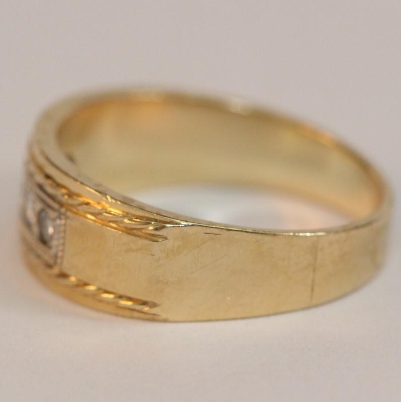 10K Yellow Gold Men's Diamond Fashion Ring Size 9.75