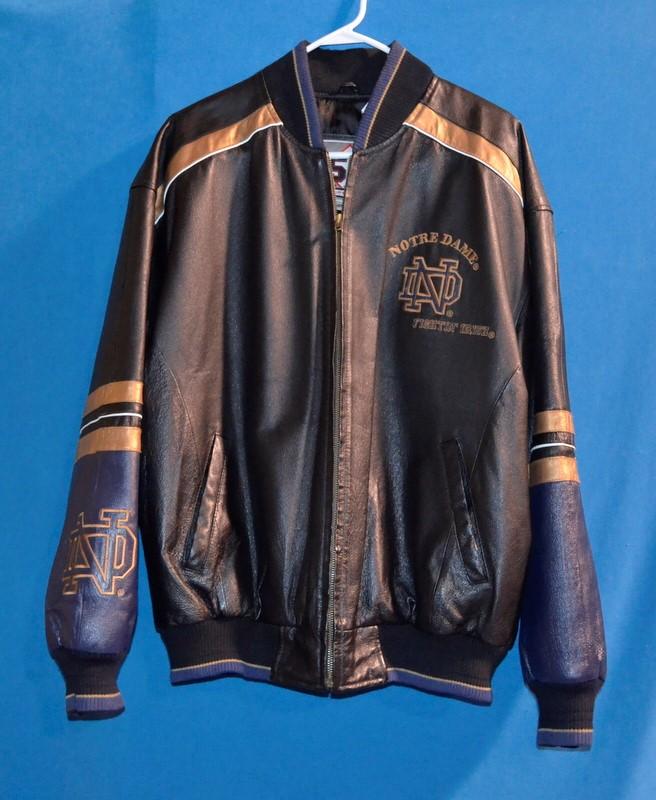 58 SPORTS Coat/Jacket NOTRE DAME FOOTBALL