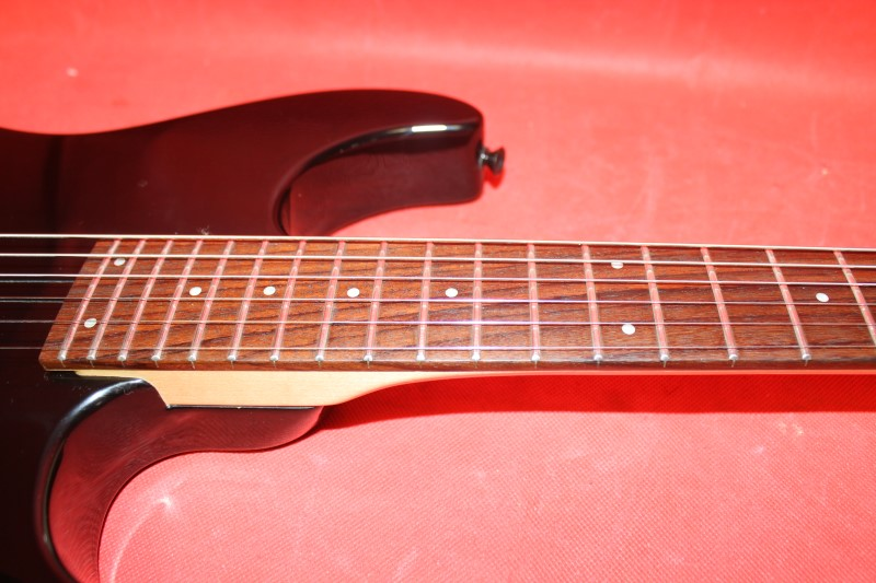 FENDER Jimmy Shine LTD ED Squier Showmaster WITH OHSC