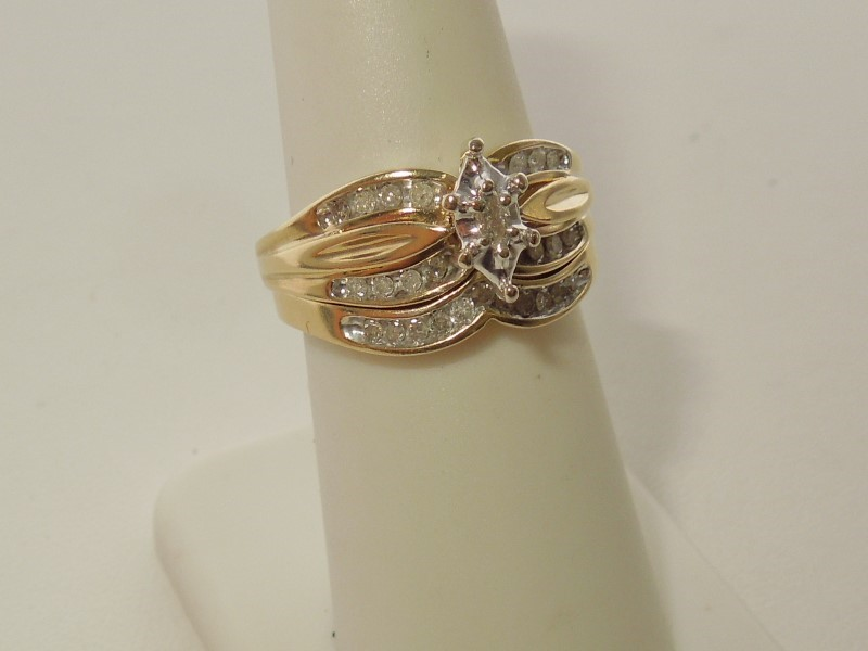 Lady's Diamond Wedding Set 28 Diamonds .57 Carat T.W. 14K Yellow Gold 5.7g