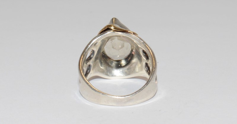 PEAR SHAPED LEMON QUARTZ RING, SET IN 14K YELLOW GOLD W/STERLING ACCENTS