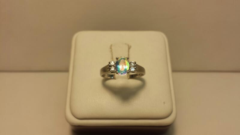 10k White Gold Ring with 5 Stones - 1.8dwt - Size 7