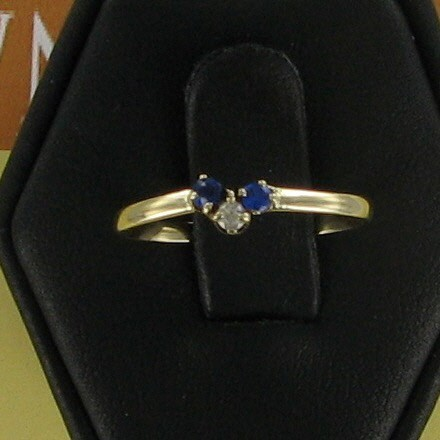 Blue Stone Lady's Stone & Diamond Ring .01 CT. 10K Yellow Gold 0.7dwt