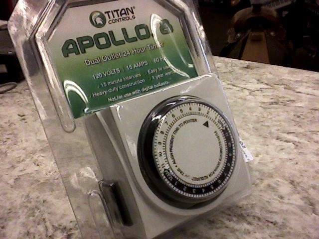 TITAN APOLLO 8 TIMER