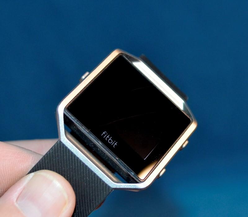 FITBIT BLAZE Wristwatch FB502 LARGE FITNESS BAND/WATCH