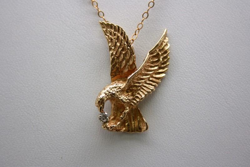 EAGLE W/ DIAMOND PENDANT 14K YELLOW GOLD