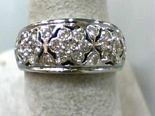 Lady's Diamond Cluster Ring 30 Diamonds .90 Carat T.W. 14K White Gold 4.5dwt