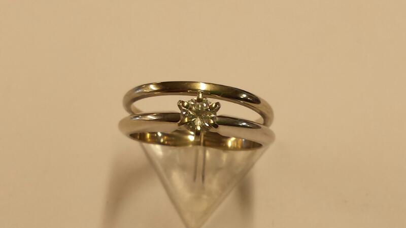 Lady's Diamond Wedding Set .20 CT. 14K White Gold 2.44dwt Size:6.3