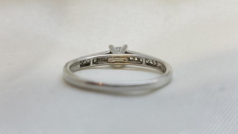 Lady's Diamond Engagement Ring 13 Diamonds .78 Carat T.W. 14K White Gold 0.08g