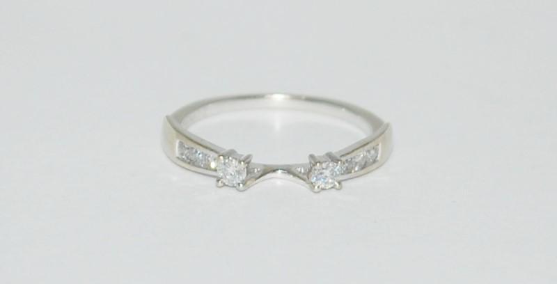Lady's Gold-Diamond Ring Guard 8 Diamonds .16 Carat T.W. 14K White Gold 2.3g