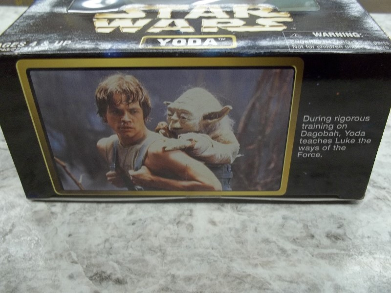 STAR WARS MODEL ACTION FIGURES, 1997 KENNER YODA - NEW IN BOX