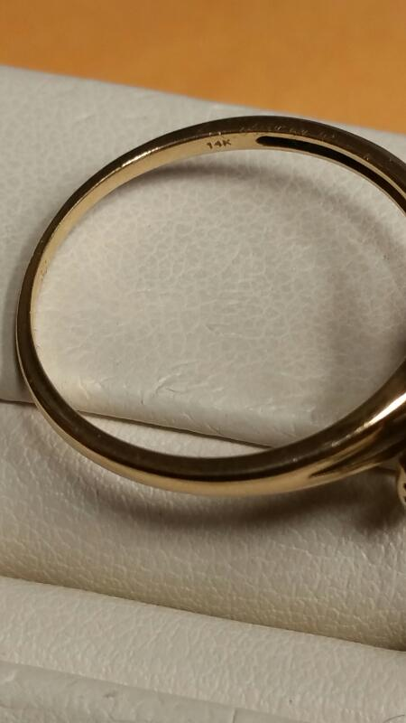 Lady's Gold Ring 14K Yellow Gold 1.5dwt