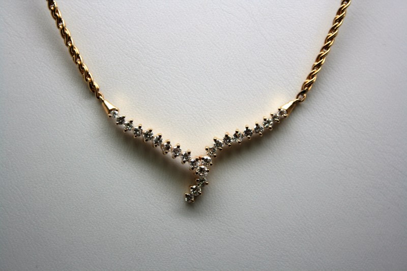 FASHION DIAMOND NECKLACE 14K YELLOW GOLD