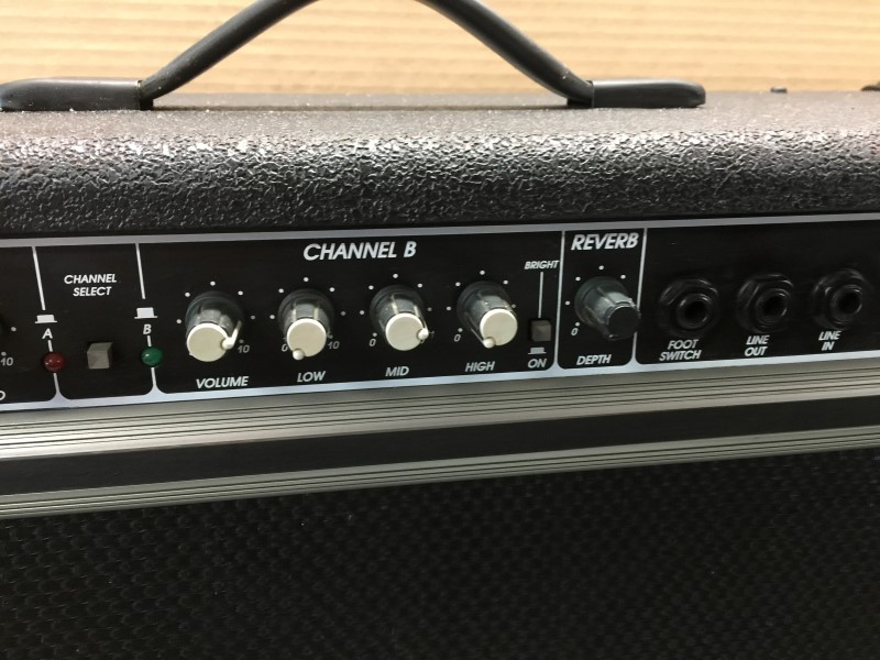 "CRATE G-212XL TWIN 12"" GUITAR COMBO AMPLIFIER w/ REVERB"