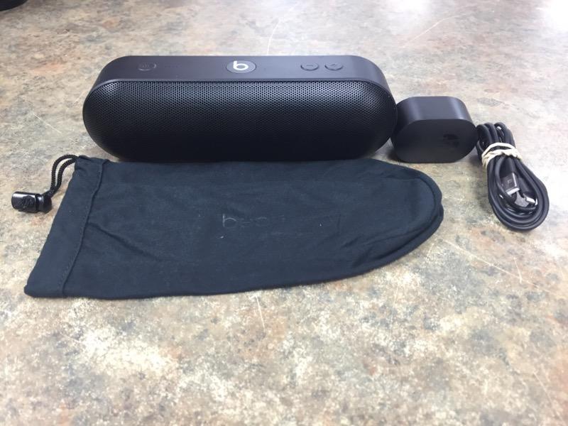 APPLE Speakers BEATS PILL A1680