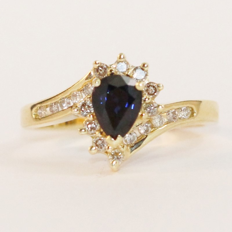 14K Yellow Gold Sapphire and Diamond Ring Size 7.75