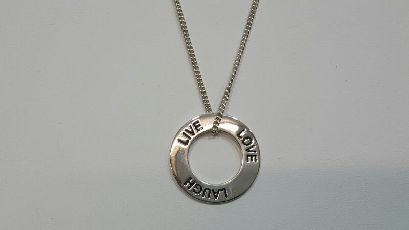 "16"" Silver Chain Live, Laugh, Love Pendant 925 Silver 6.5g"