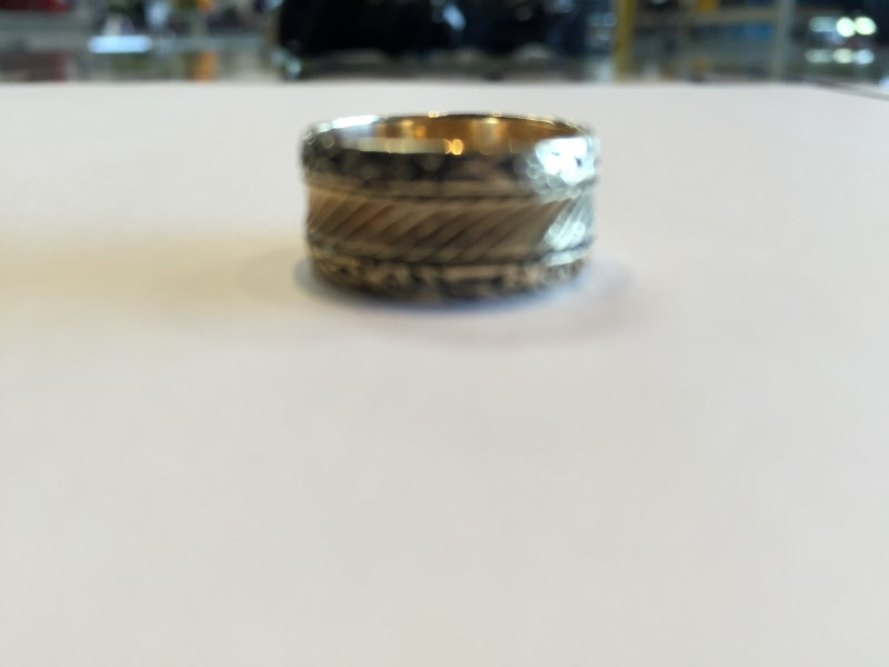 Lady's Gold Ring 14K Yellow Gold 5.2g