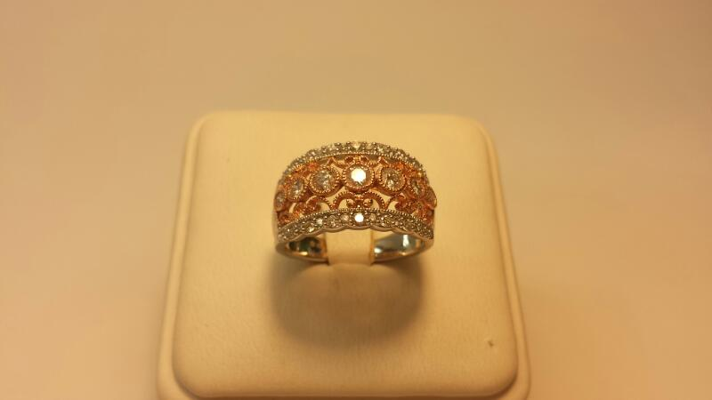 14k White Gold with Rose Gold Inlay 37 Daimond Ring Size 7