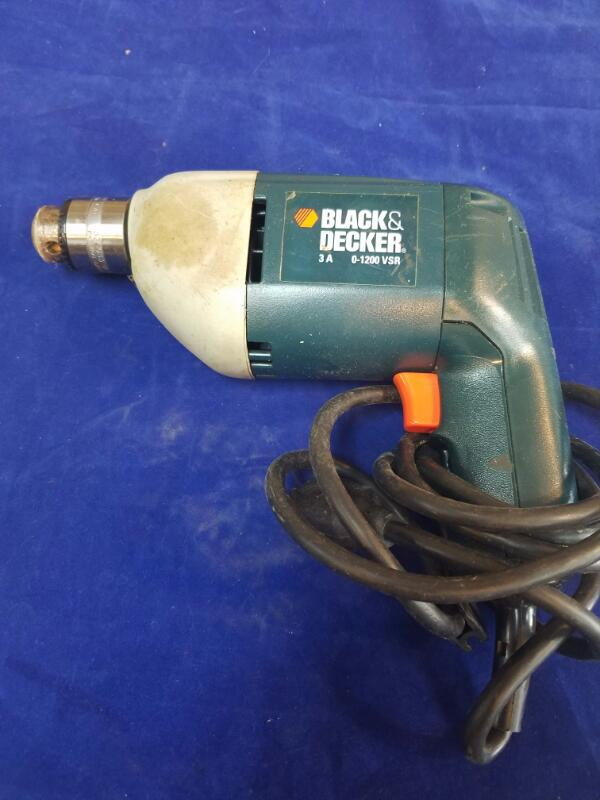 BLACK & DECKER Corded Drill 7190