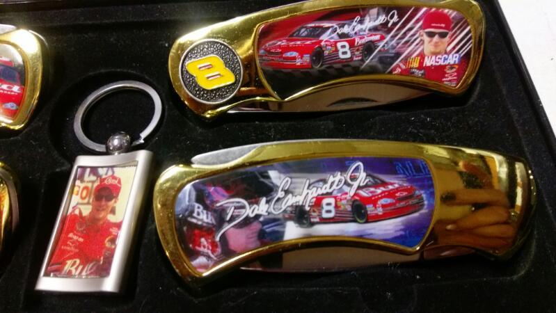 DALE EARNHARDT SR & JR  4 KNIFE SET