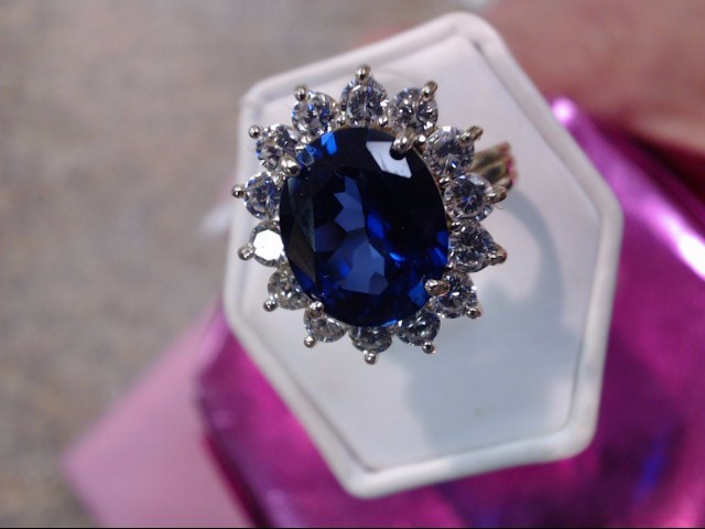 Synthetic Sapphire Lady's Stone Ring 14K White Gold 4.35dwt