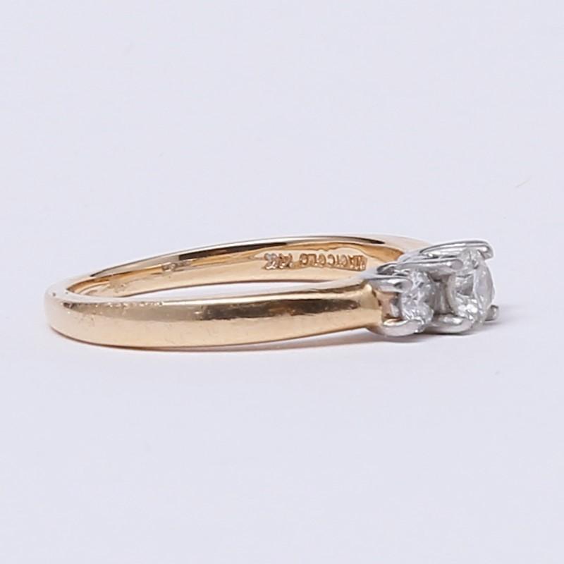 14K Yellow Gold 3 Stone Round Brilliant Diamond Ring Size 6.75