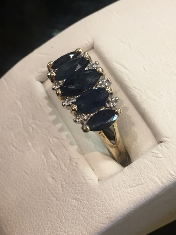 Blue Stone Lady's Stone Ring 10K Yellow Gold 2.2dwt Size:7