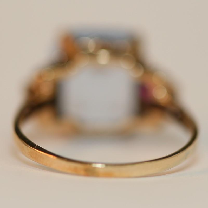 10K Yellow Gold Aquamarine and Pink Stone Ring Size 7.75