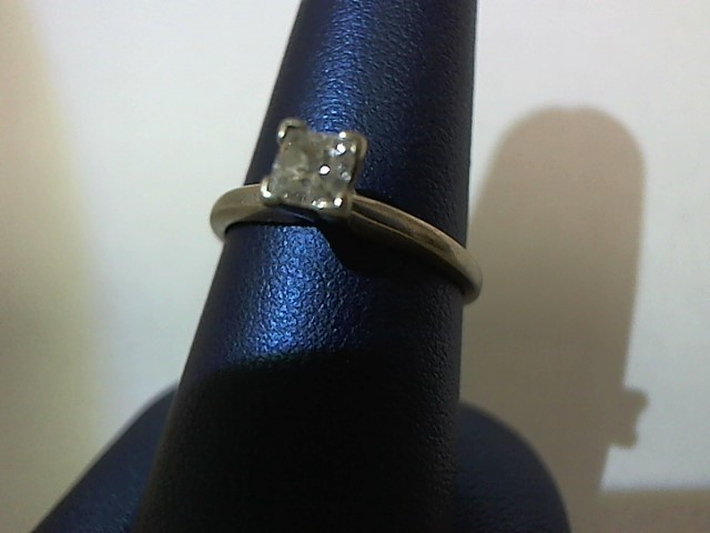 Lady's Diamond Solitaire Ring .30 CT. 14K White Gold 2.1g Size:6.5