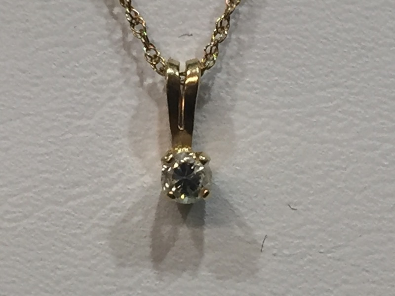 "18"" Diamond Necklace .08 CT. 14K Yellow Gold 0.8g"