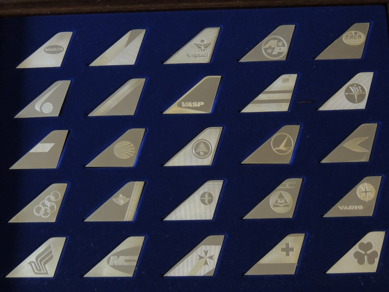 Complete Franklin Mint Airlines of the World Tail Emblems Sterling Silver Ingots