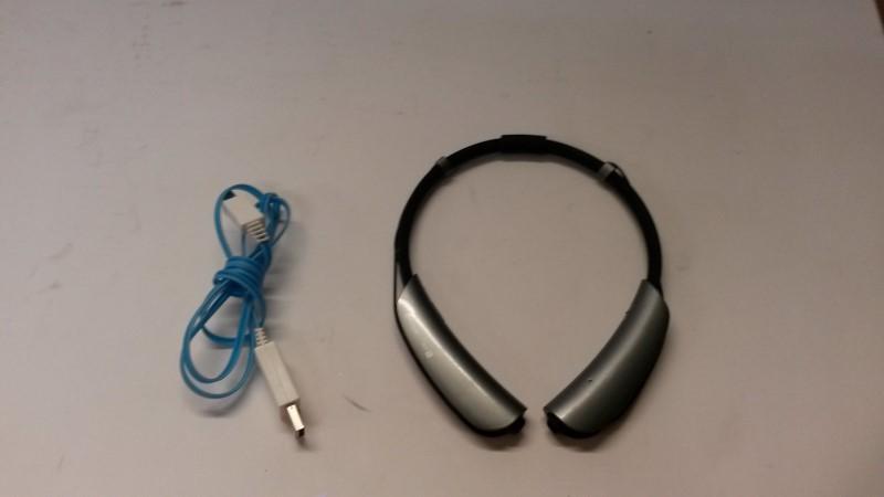 INSIGNIA Headphones NS-CAHBTEB01