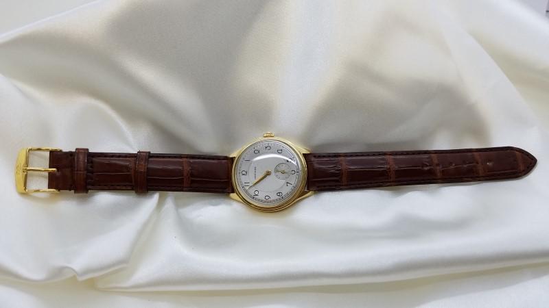 18K Yellow Gold Longines Gent's Watch 36.5 mm Alligator Skin Band