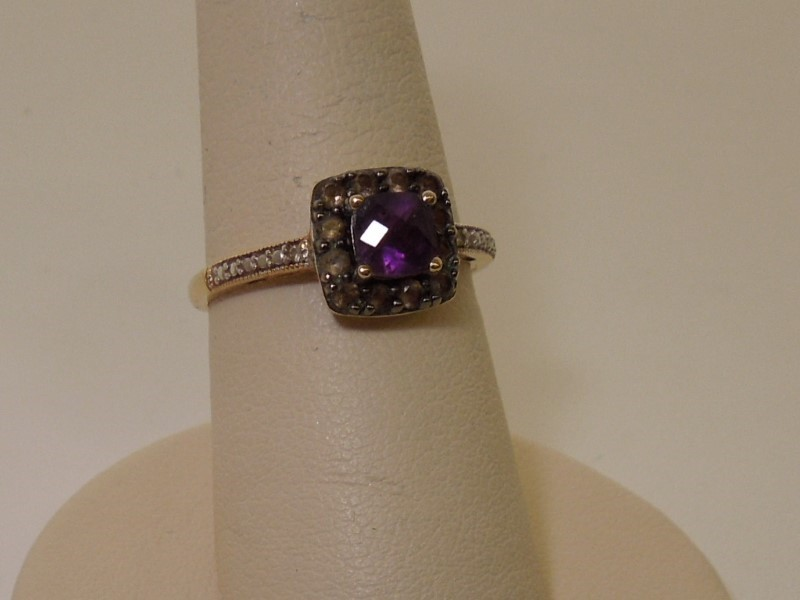 Brown Stone Lady's Stone Ring 10K Yellow Gold 2g