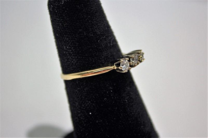 Lady's Gold-Diamond Anniversary Ring 3 Diamonds .33 Carat T.W. 14K Yellow Gold