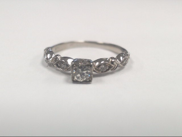 Lady's Platinum-Diamond Solitaire 5 Diamonds .26 Carat T.W. 950 Platinum 1.8g