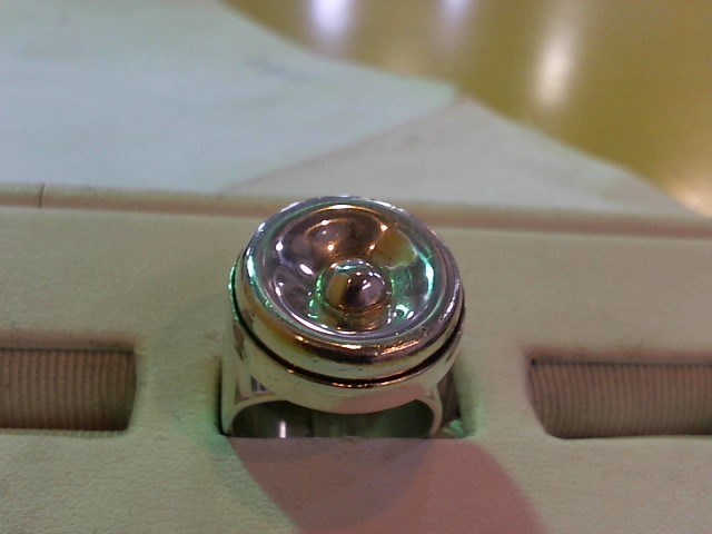 Lady's Silver Ring 925 Silver 12.6g